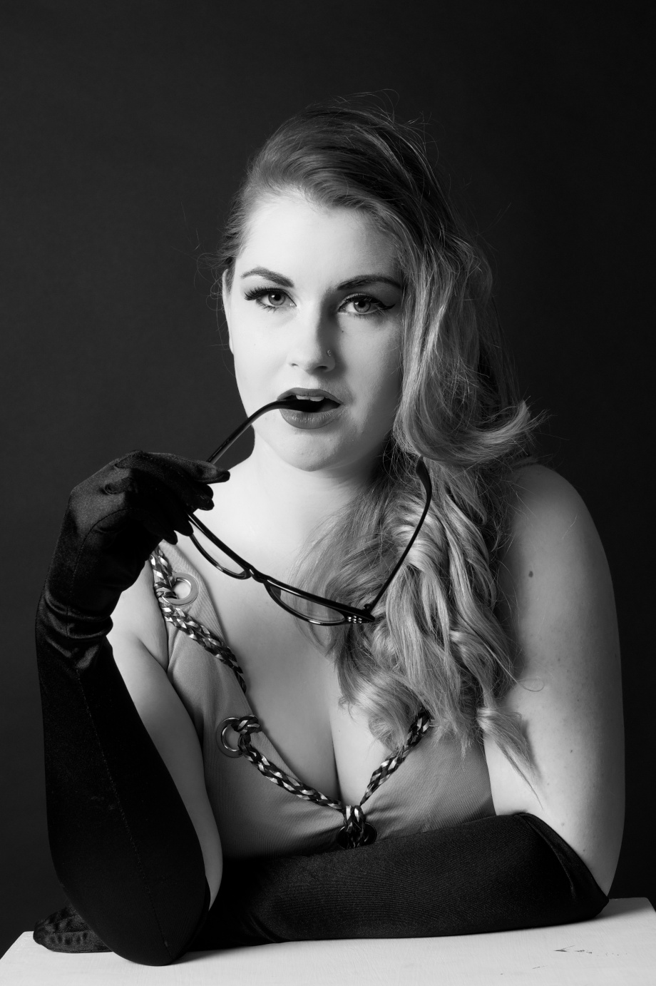 Noir, portrait, black and white, glamour, cork, ireland, Die Baroness, studio, photography