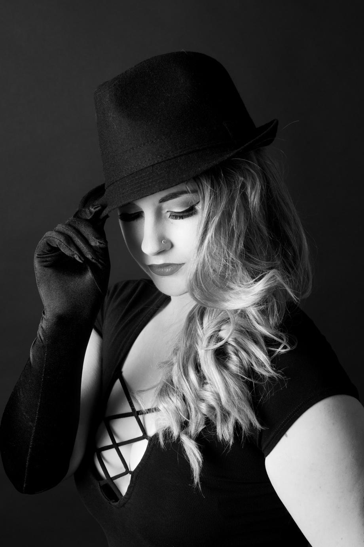Noir, portrait, black and white, glamour, cork, ireland, Die Baroness, studio, photography