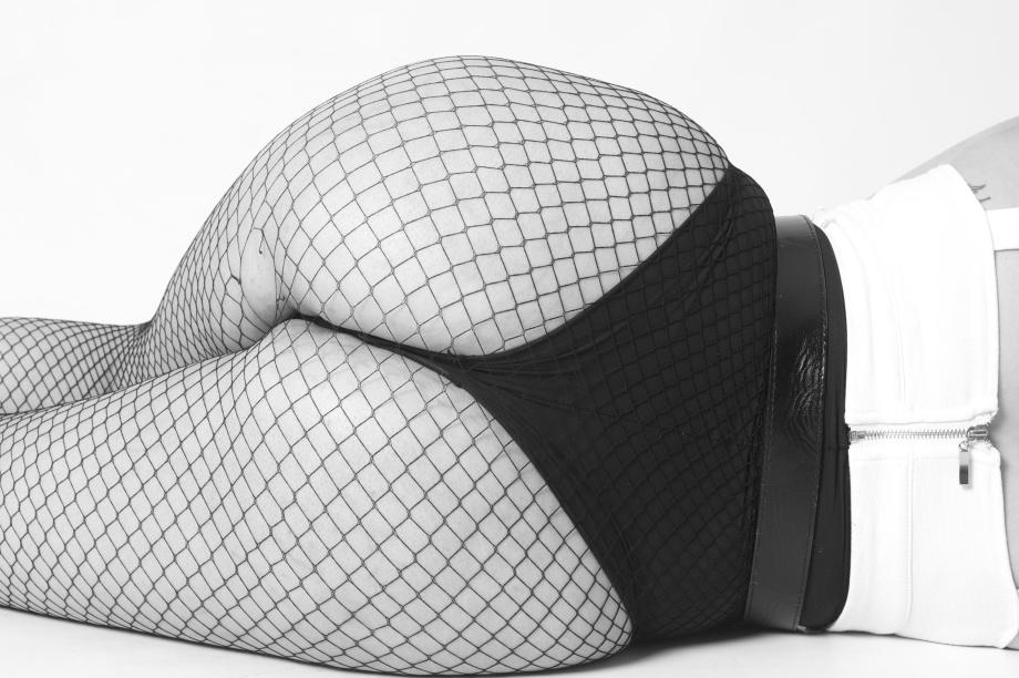 Katie Kitten, alternative glamour model, Cork, bum