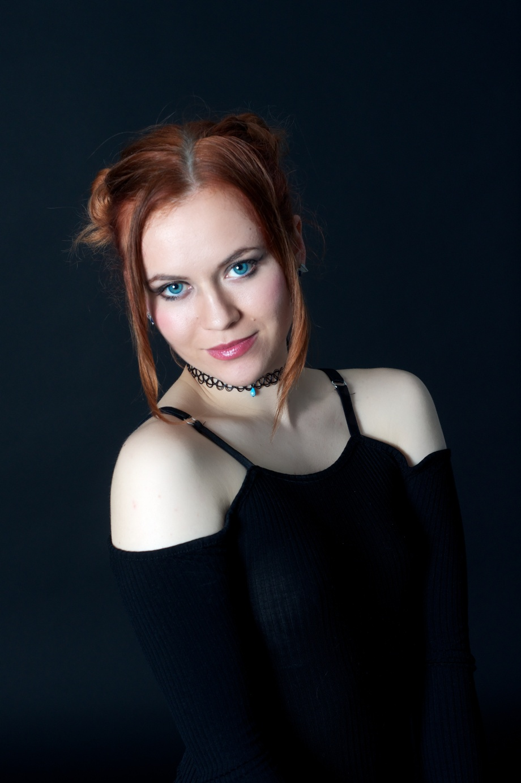 Roksi, Applecore, Cork, Model, Studio, Photoshoot, Glamour, Portrait, red hair