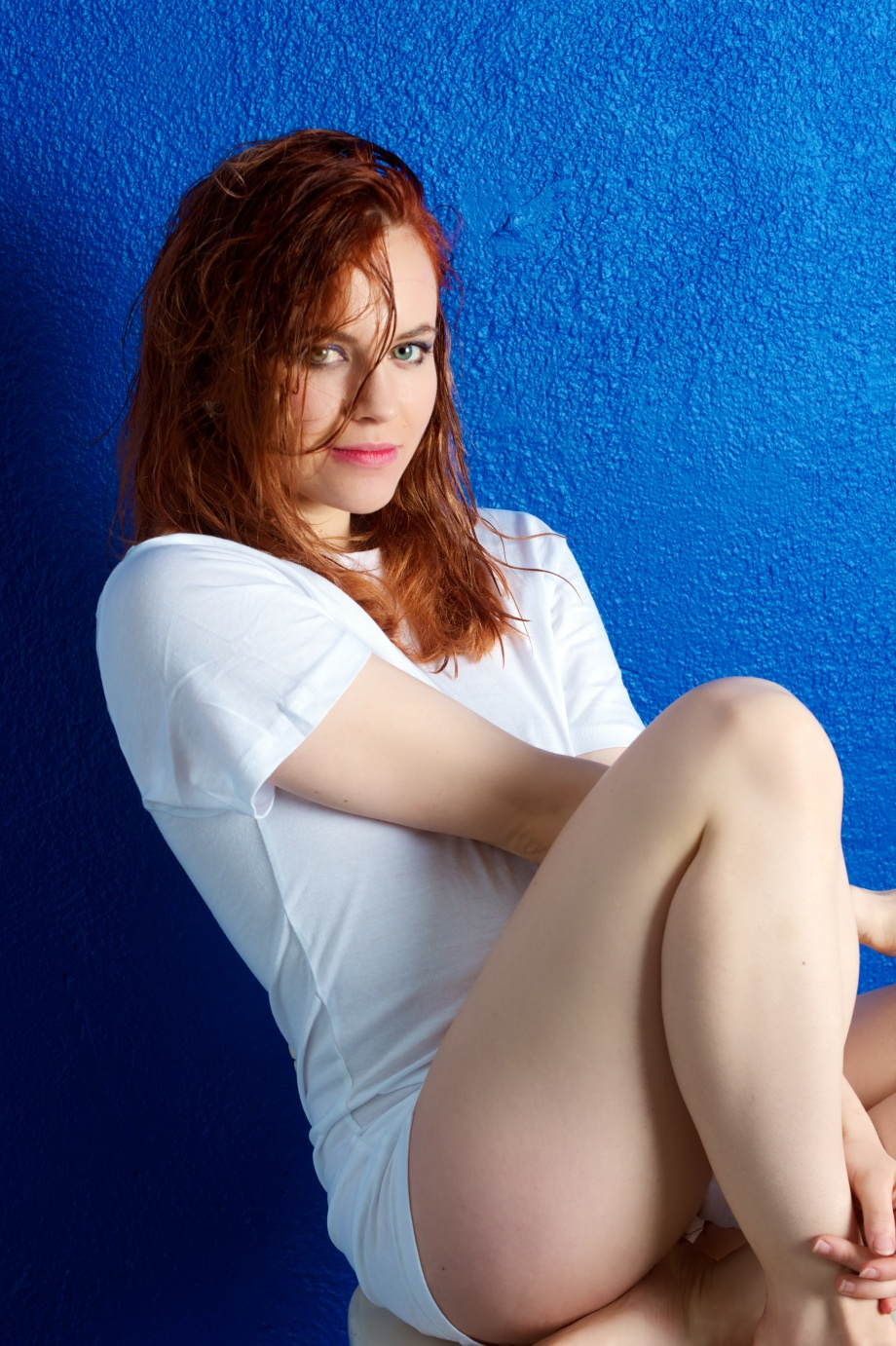 Roksi, Applecore, Cork, Model, Studio, Photoshoot, Glamour, Portrait, red hair, wet hair, blue