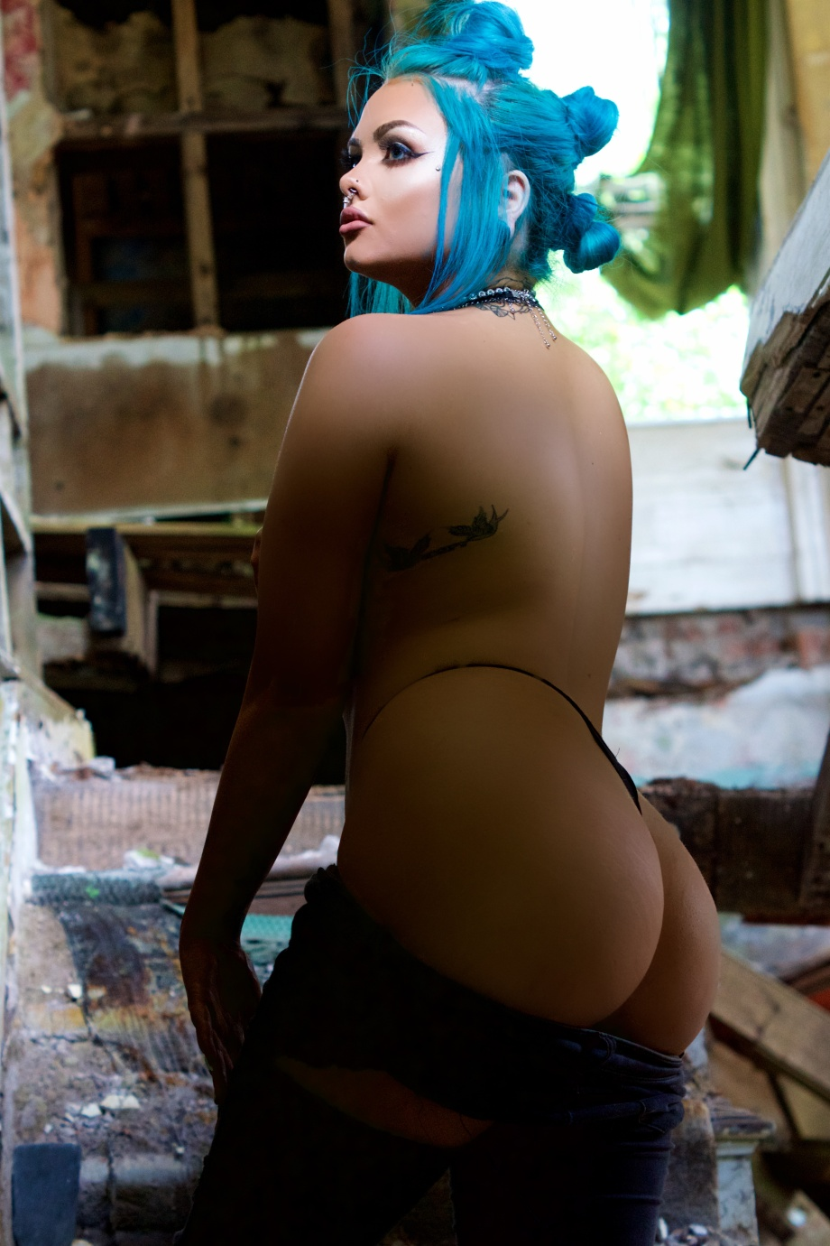 katie kitten, abandoned house, alternative, glamour, punk, cork, cobh, sexy, hair, topless, nude