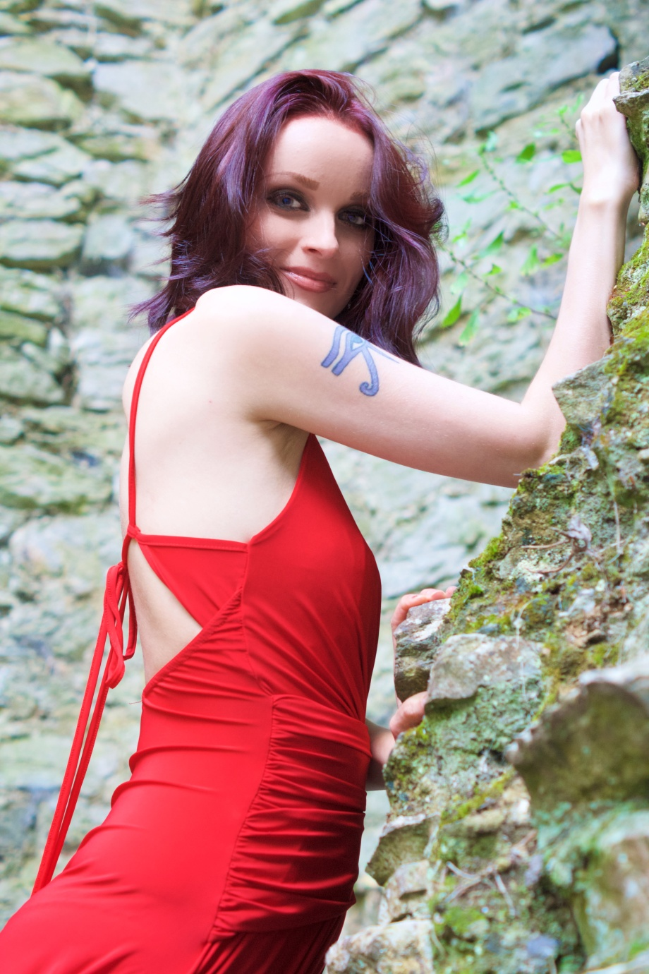 red dress, Fashion, Boohoo, Mallow, Castle, Glamour, Photoshoot