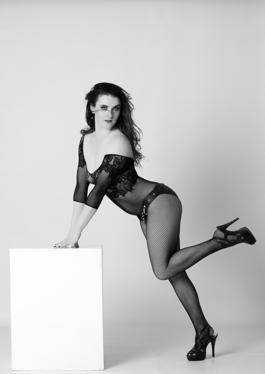 stacey spykes, stacey duggan, pole, dance, pole training, topless, black and white, implied, glamour, studio, bum