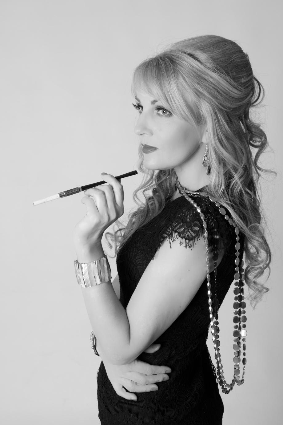 glamour, portrait, studio, cigarette