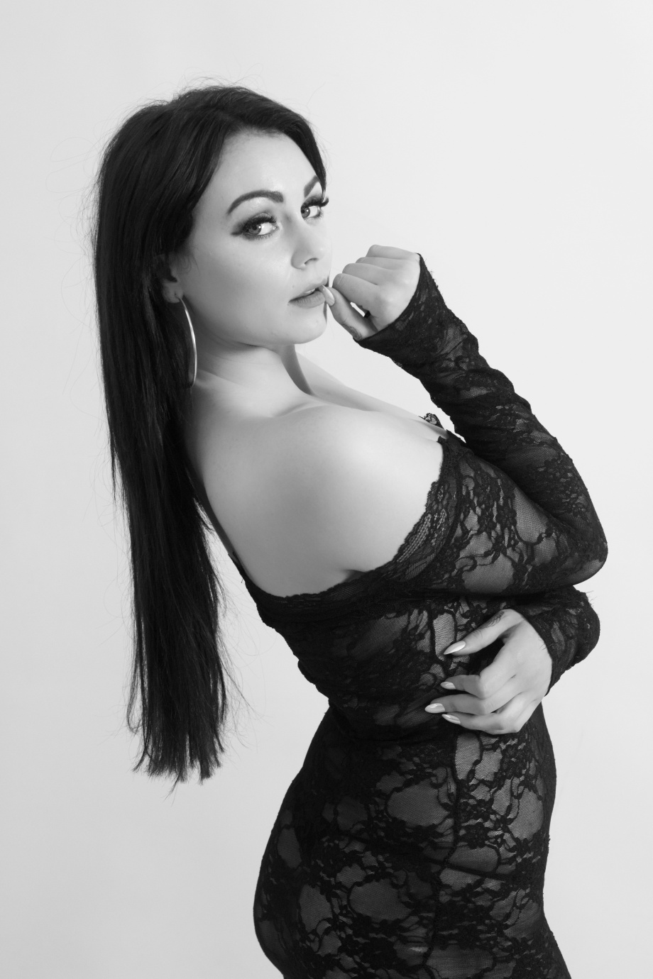 glamour, portrait, black and white, cork, ireland, studio shoot, lingerie