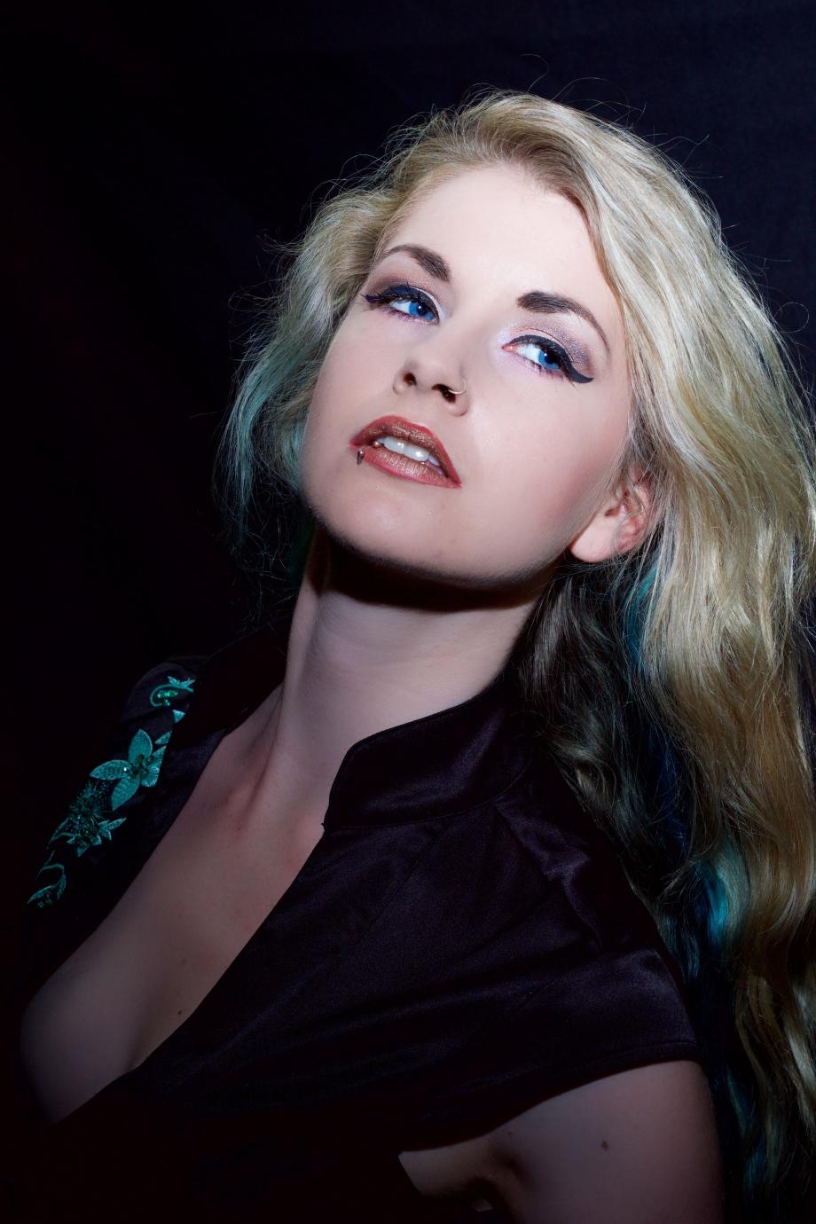 portrait, blonde, Die Baroness, Jenny Schmiedel, eyes, glamour, cork, ireland