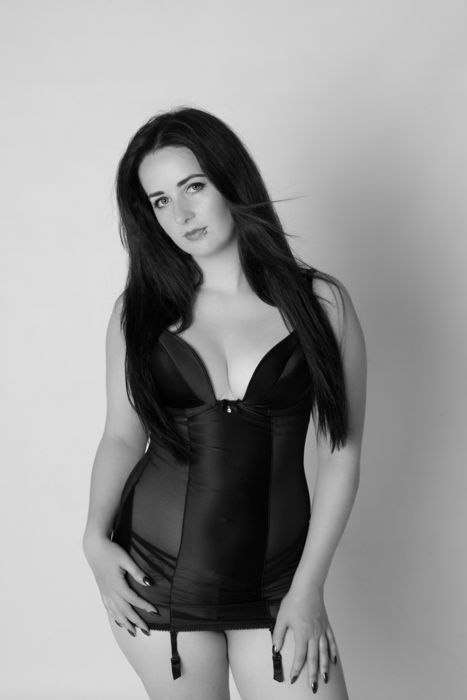 glamour, studio shoot, sexy, lingerie, cork, ireland, boudoir, black and white
