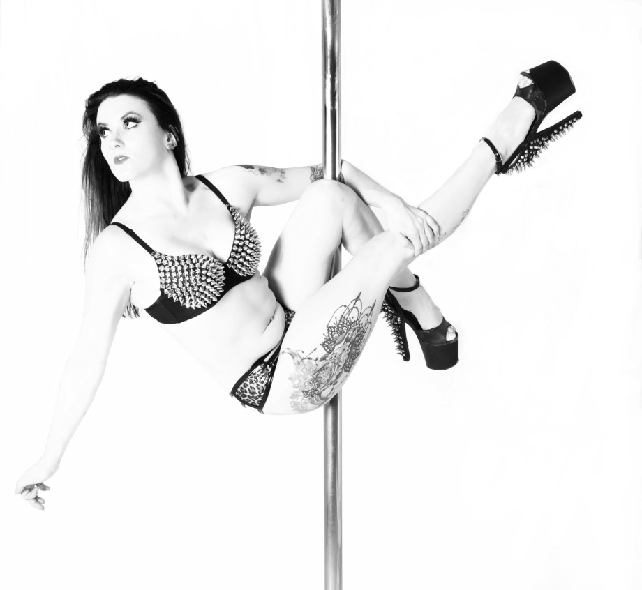 pole fitness, pole dancer, pole training, alternative, model, glamour, tattoos, black and white