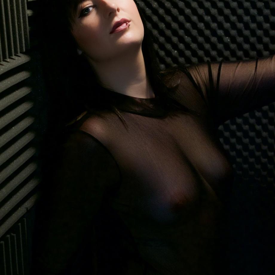 glamour, photography, sexy, cork, ireland, lingerie, boudoir, topless, seethru
