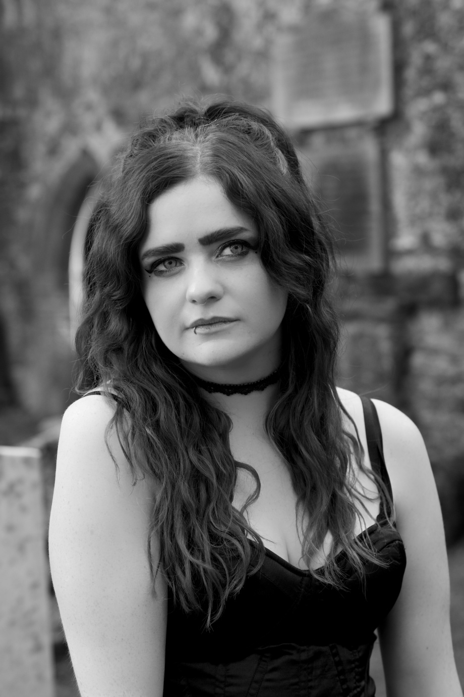 alternative, glamour, cork, kilcrea, abbey, black and white, gothic, eyes, samhain, silent movie, portrait