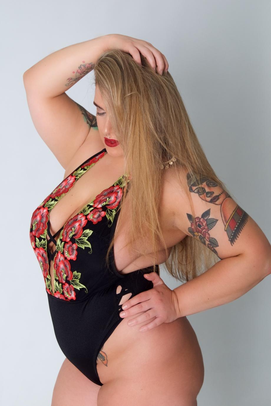ava hennessy, glamour, studio shoot, curvy, pole dancer, exotic dancer, lingerie