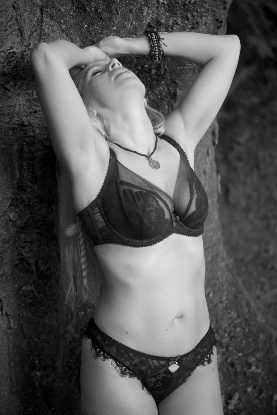 cork, ireland, glamour photography, boudoir, black and white