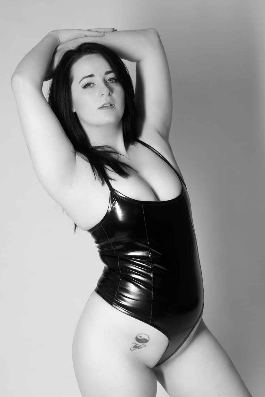 cork, glamour, photoshoot, studio, ireland, lingerie, black and white