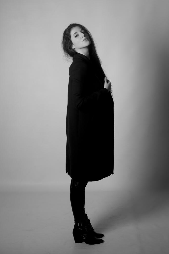 glamour, city shoot, cork, ireland, black and white