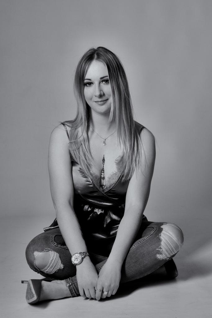 Cork, Glamour Photography, black and white, studio shoot
