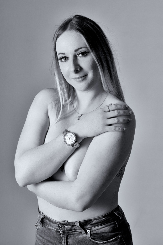 Cork, Glamour Photography, black and white, studio shoot, topless