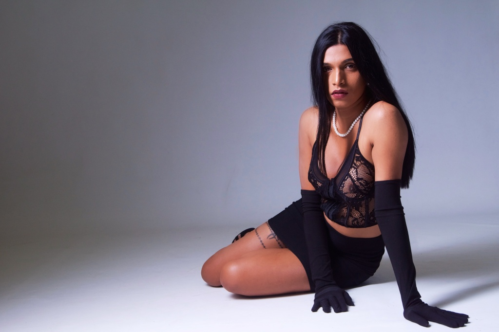 glamour, studio shoot, cork, ireland, topless