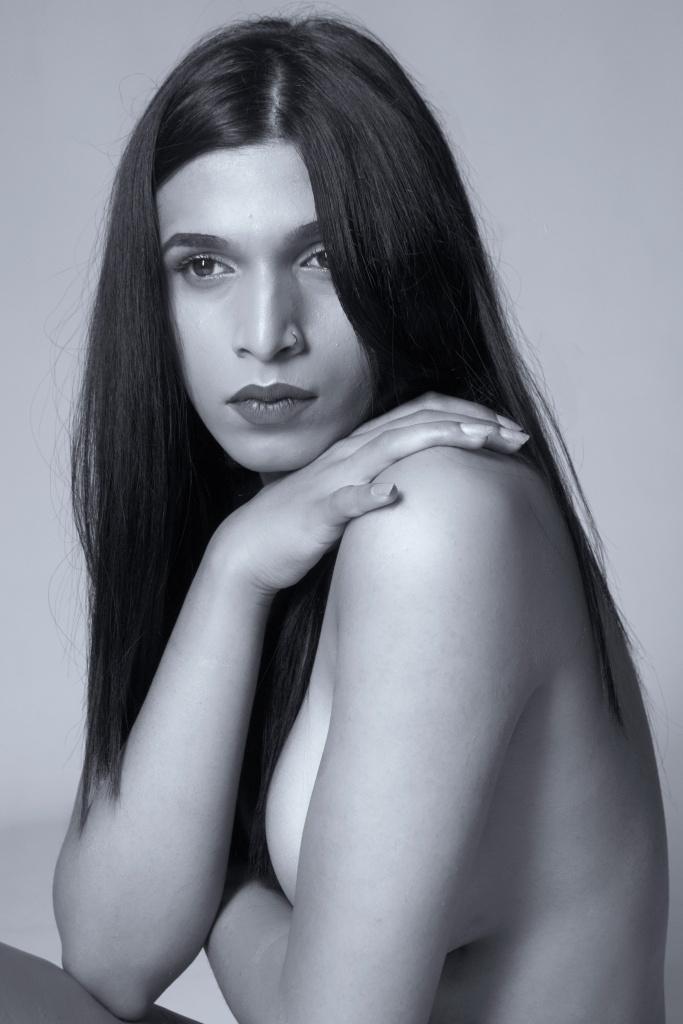glamour, studio shoot, cork, ireland, black and white, topless